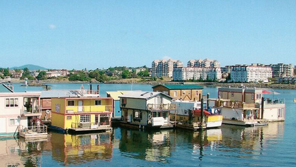 Fisherman-s-Wharf-Float-Homes